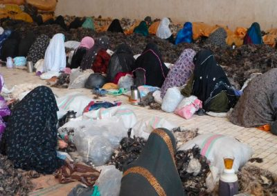 women-sorting-in-Herat
